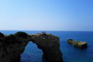 algarve walking tours albandeira arch