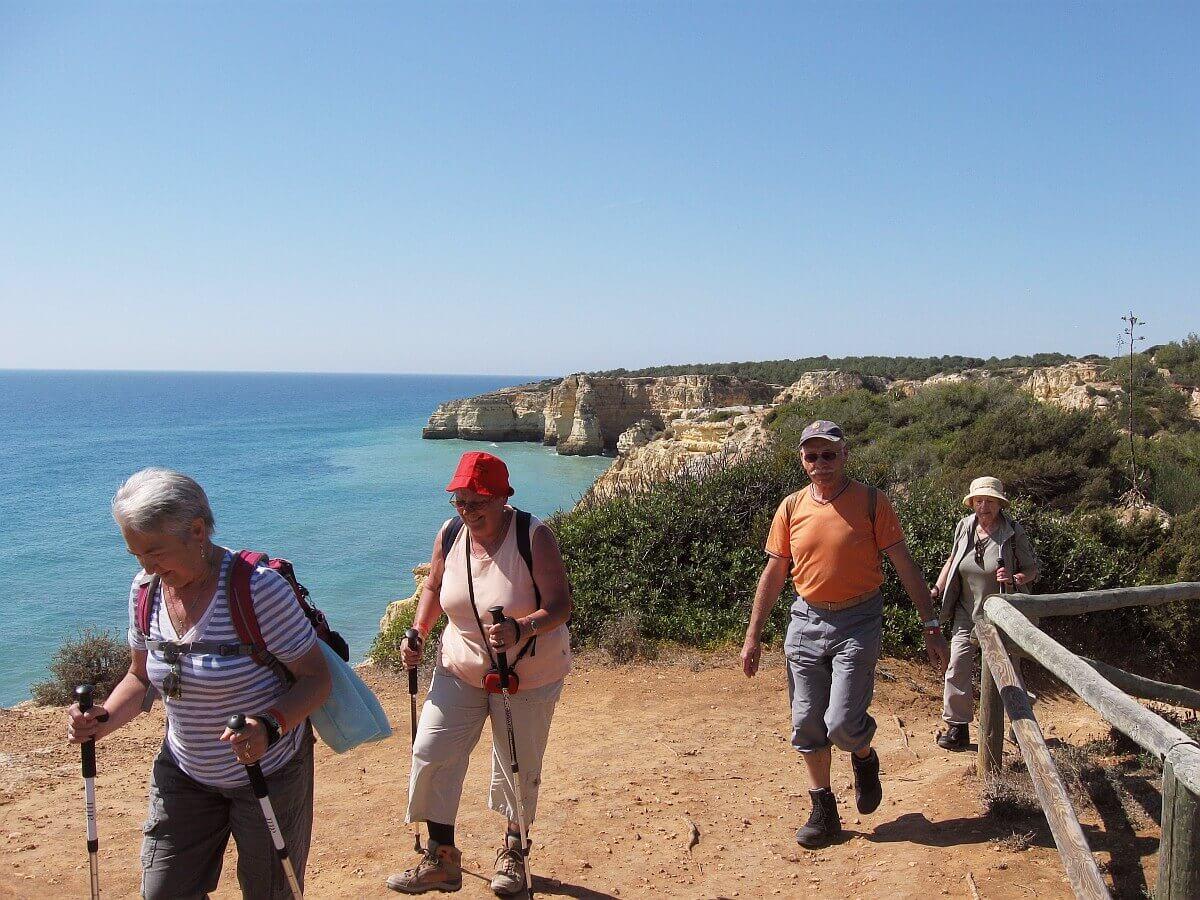 Seven Hanging Valleys Walk (1)