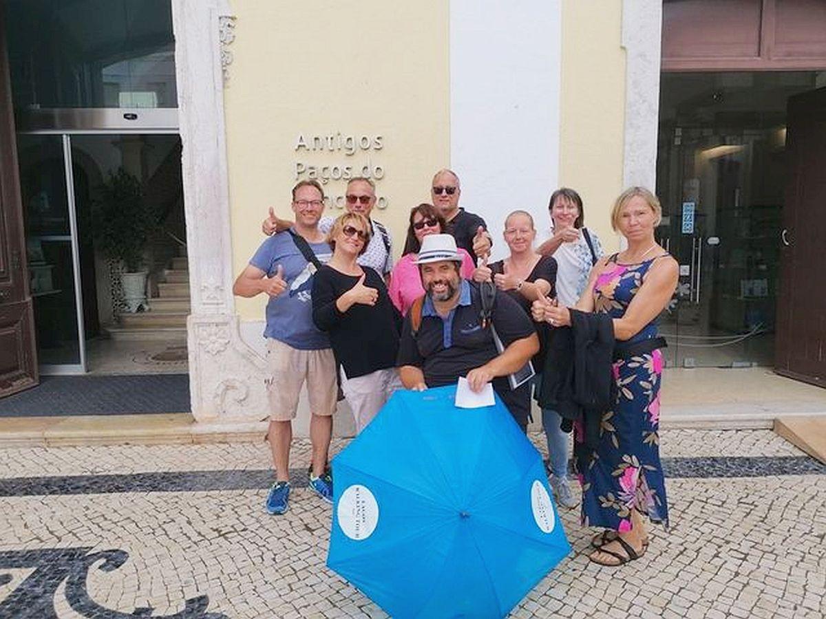 Lagos Wandeltocht vrolijke groepsblauwe umbella
