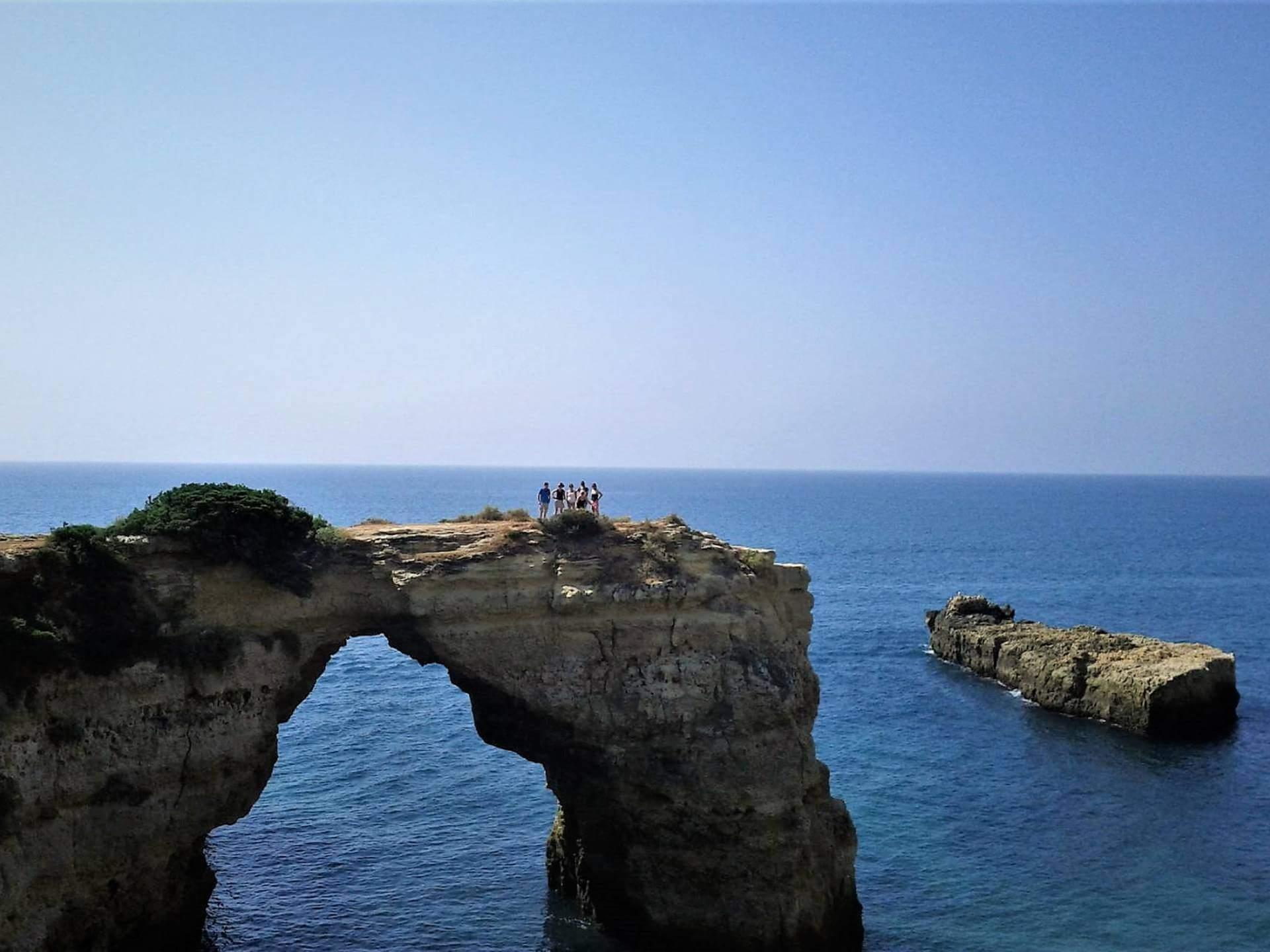 Algarve-Tagesspaziergang mit Ihren Mitarbeitern